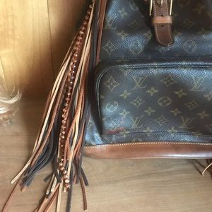 Louis Vuitton Bags - Louis Vuitton Backpack Revamped 💎